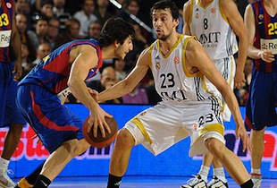 FC Barca 4th Quarter Surge Gets Win Over Madrid In Euroleague