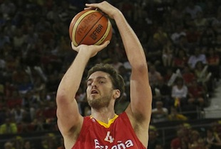 Spain Destroys Lithuania in Friendly Game 90-78
