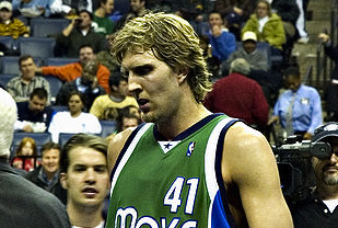 Dirk Nowitzki Studying Offers From Real Madrid