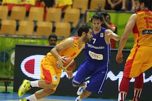 Spain Bounces Back With Easy 60-39 Win Over Czech Republic
