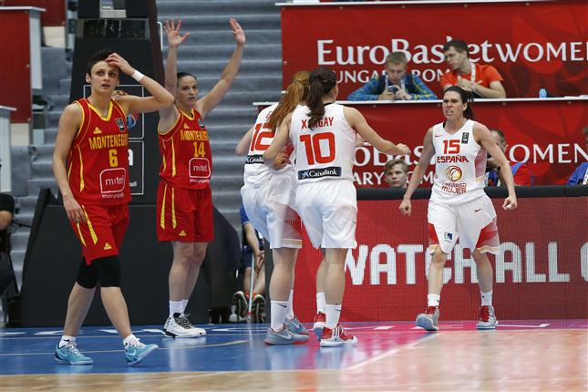Spain's Womens National Team Fights Way to Semifinals