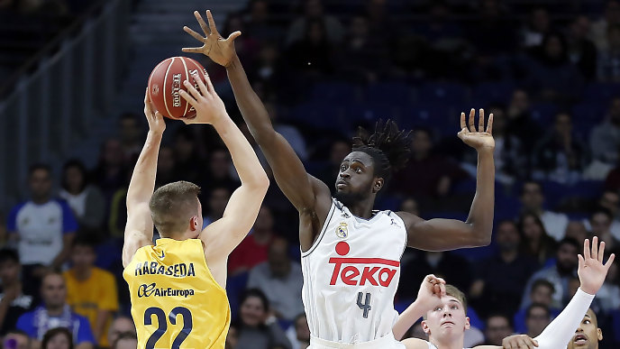 Real Madrid Chases 3rd Copa del Rey Consecutive Title Against Gran Canaria