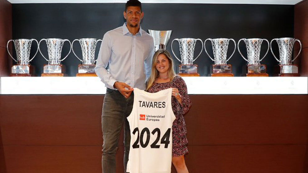 Tavares' wife dispels doubts about the future of the piv …