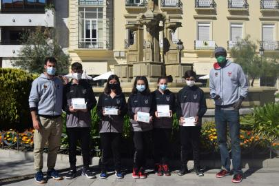 The CB Granada Foundation distributes face masks to pl …