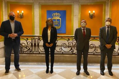 Signing of the agreement between Oviedo Basketball and the City Council …