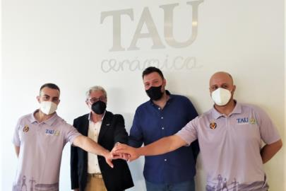 The TAU Castelló presents its coaching staff, headed by …