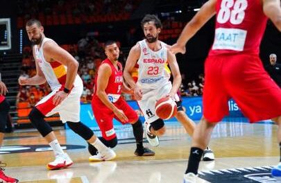 88-61 |  The Spanish National Team begins its filming with a work …