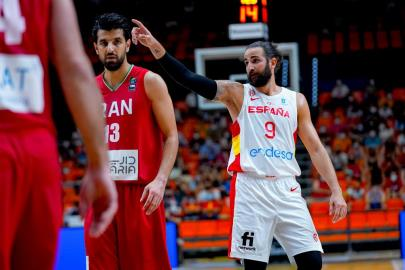 4 pearls from Spain-Iran