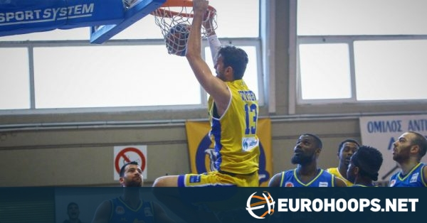 Bilbao signs Jeff Withey