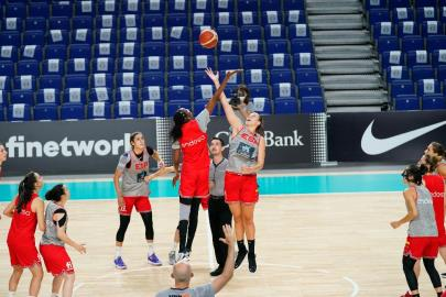 """Spain finishes its work in Madrid: """"The team is very united …"""