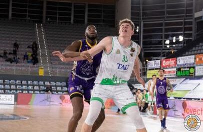 Tomas Pavelka, more centimeters for Palencia Basketball