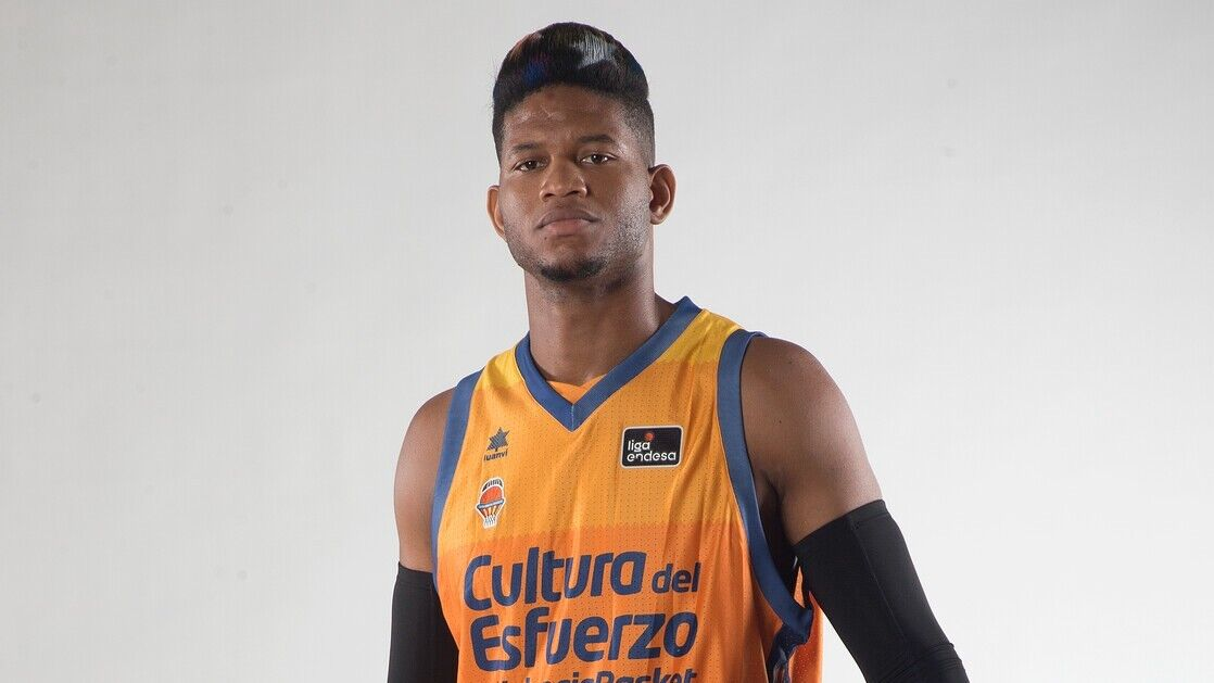Jasiel Rivero is low for the Super Cup and Valencia Basket …