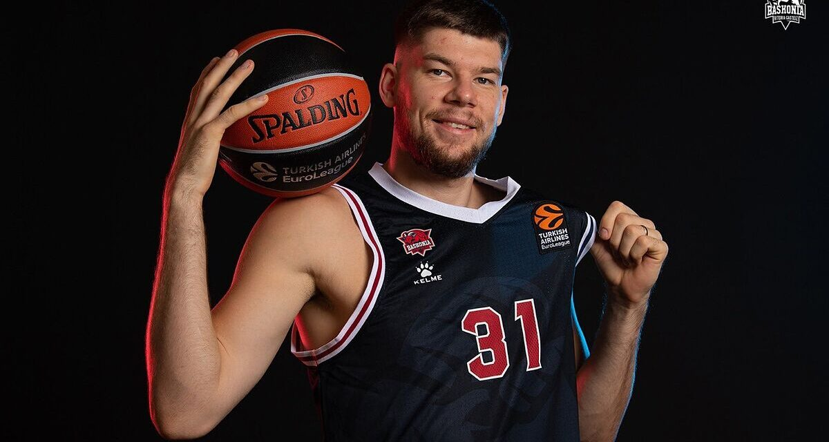 """Giedraitis: """"There were a couple of offers from the NBA, but my family …"""
