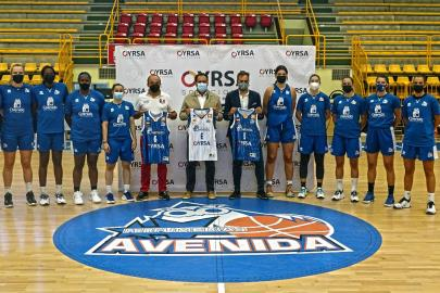 OYRSA and Perfumerías Avenida seal another year of commitment